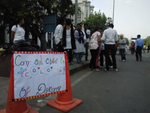 Students of Swami Shrdhanand college made people realize the pain of visually challenged people