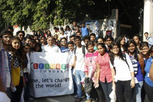 MASS CLEANATHON ORGANISED by LEADERS FOR TOMORROW MEMBERS OF MOTILAL NEHRU COLLEGE