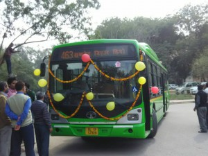 Delhi government provides two new buses for Jamia students