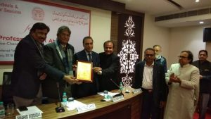 Jamia Vice-Chancellor felicitated by the Delhi Education Society for his achievements