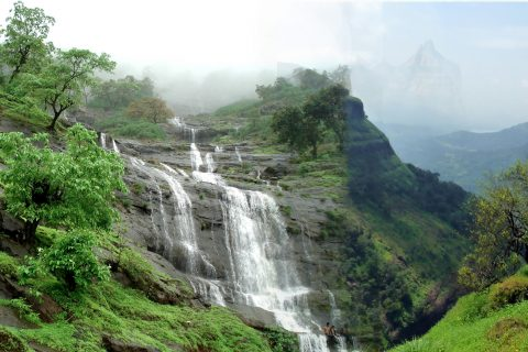 5 Budget friendly destinations to explore for students from Mumbai
